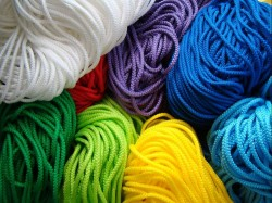 Шнур вязанно-плетенный ПП 5мм хозяйств., цветной, 50м