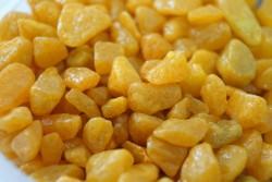 Грунт цветной средний желтый (фракция 5-8 мм)